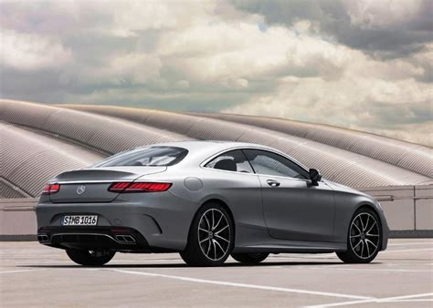 Learn about it in the motortrend buyer's guide right here. 2020 Mercedes-Benz S CLASS and AMG GT Comparison - FindTrueCar.Com