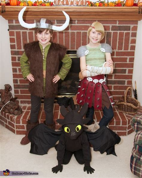 How Train Your Dragon Hiccup Astrid Toothless