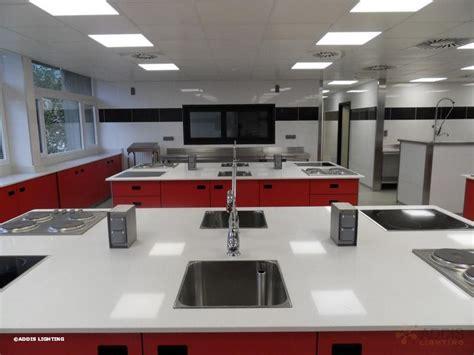 re eclairage cuisine eclairage led d 39 une école de cuisine addis lighting