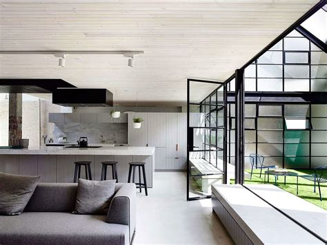 A Beautiful Melbourne House That Connects With Its Exteriors by Brick Warehouse In Melbourne Finds New As A