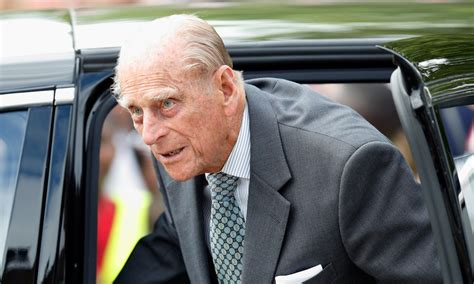 Prince Philip taken to hospital following car accident ...