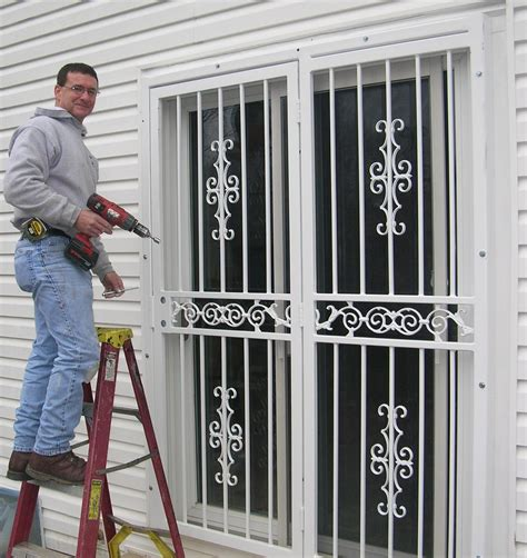20 security tips put into consideration during door