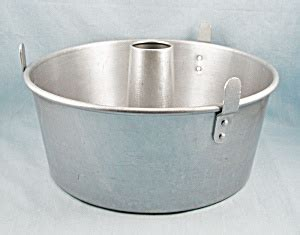 mirro    angel food cake pan cookware  tipp eclectics