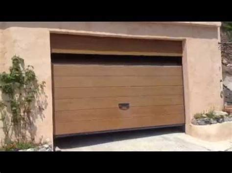 porte de garage sectionnelle plafond g60 motoris 233 e et pos 233 e par apg acc 232 s portes de garage