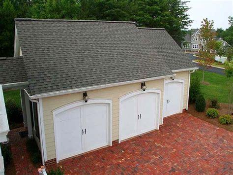 homes with breezeways garage with breezeway house plans