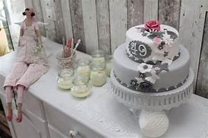 Torte Für Geburtstag : der letzte geburtstag mit einer 4 vorn die erste doppeldecker torte cuplovecake ~ Frokenaadalensverden.com Haus und Dekorationen
