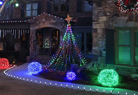 how to do christmas lights on trees outdoor christmas yard decorating ideas