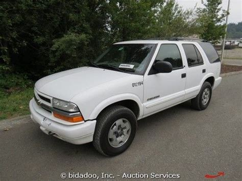 Suv Sport Utility Vehicle by Sell Used Chevrolet Blazer Ls 4x4 Suv Sport Utility