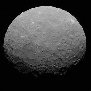 File:PIA19556-Ceres-DwarfPlanet-Dawn-RC3-image22-20150507 ...