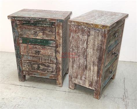 comodini shabby comodino in legno massello con cassetti sht004 orissa