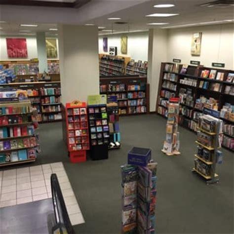 barnes and noble cincinnati barnes noble booksellers 16 photos dvds
