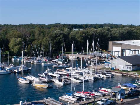 Boat Dockage by Boat Shop Charlevoix Dockage