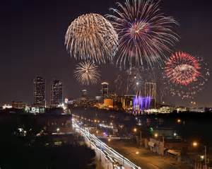fort worth photographers fort worth skyline at fireworks color evening ft