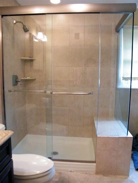 Frameless Shower by Best 25 Frameless Shower Doors Ideas On Glass