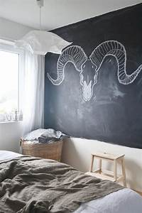 25 cool chalkboard bedroom decor ideas to rock digsdigs With cool ideas for bedroom walls