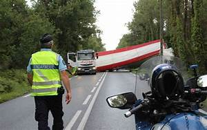 Sud Ouest Moto : montendre 17 le pilote d une moto se tue contre un camion sud ~ Medecine-chirurgie-esthetiques.com Avis de Voitures