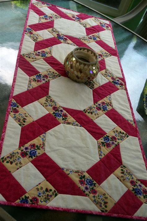 garden twist quilted table runner pink vintage christmas