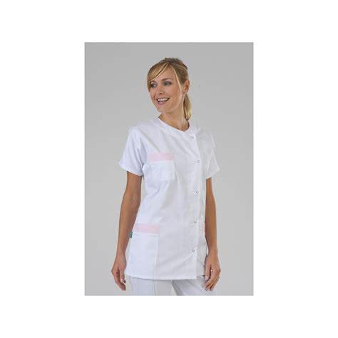 vetement de cuisine professionnel pas cher tunique médicale col rond finiton 3 poches label blouse