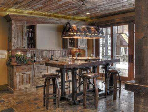 French Country Kitchens 16 Esempi Di Angolo Bar In Casa Con Arredamento Rustico Mondodesign It