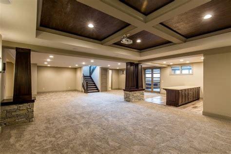 kingfogl homes  room   bars  home basement