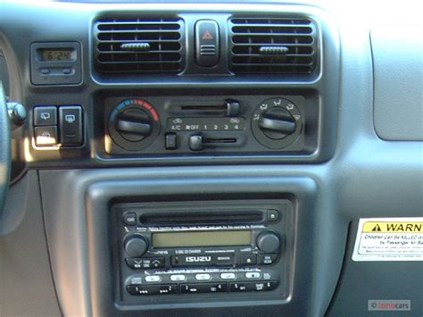 electric and cars manual 2002 isuzu axiom instrument cluster image 2004 isuzu rodeo 4 door s 3 5l auto dashboard size 640 x 480 type gif posted on
