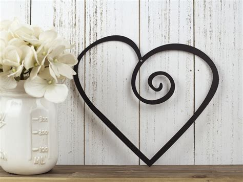 When you buy a august grove® metal heart wall décor online from wayfair, we make it as easy as possible for you to find out when your product will be delivered. Heart Metal Wall Art Wedding Decor Valentine's