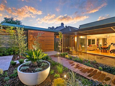 design project  decking garden makeovers