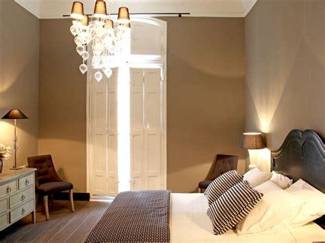 chambre couleur chambre en total look taupe couleur taupe 12 ambiances