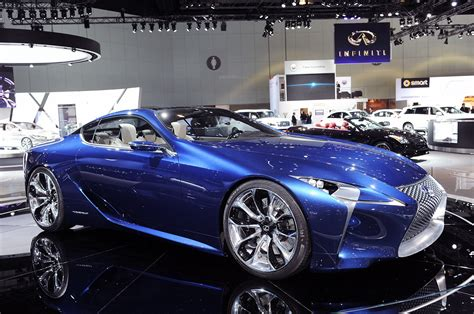 lexus blue lexus lf lc concept goes blue remains happy autoblog