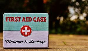 10 Useful Items You May Want To Keep In Your First Aid Kit