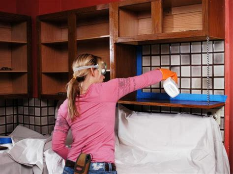 diy how to paint kitchen cabinets how to paint kitchen cabinets how tos diy 9595