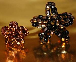 Sterne Selber Basteln Mit Perlen : sterne aus perlen basteln ~ Lizthompson.info Haus und Dekorationen