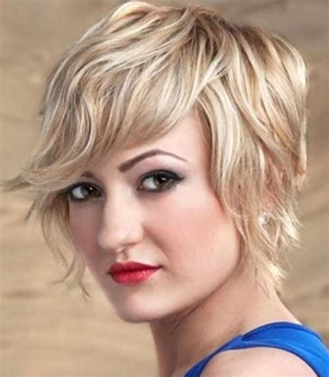 short wavy hairstyles   faces short