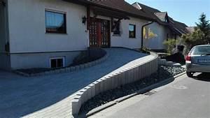 Schotter Für Pflaster : bild 11 nun ist der aufgang auch fertig gepflastert und der grobe schwarze schotter verteilt als ~ Whattoseeinmadrid.com Haus und Dekorationen