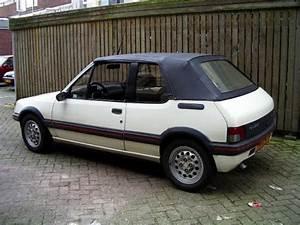 Peugeot 205 Cabriolet : peugeot 205 1 9 cabriolet 1991 fantastische franse klassiekers garage de l 39 est ~ Medecine-chirurgie-esthetiques.com Avis de Voitures
