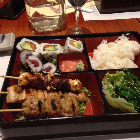 cuisine carcassonne restaurant sushi boat dans carcassonne avec cuisine