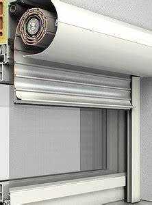2 In 1 Dachfenster Fliegengitter Sonnenschutz : rollladen mit insektenschutz schattenmacher ~ Frokenaadalensverden.com Haus und Dekorationen