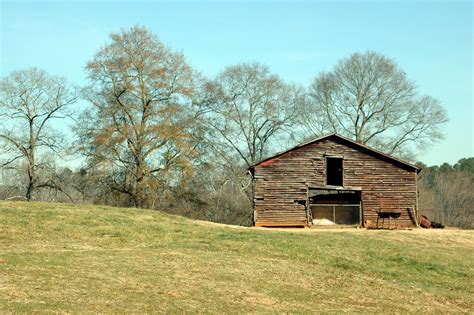 rustic barn shed free stock photo domain pictures