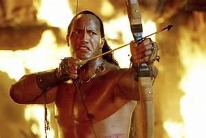 The Scorpion King Dwayne Johnsonu002639s Shirtless Movie
