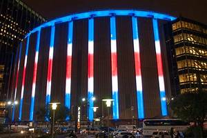 Madison Square Garden's outside to light up with team