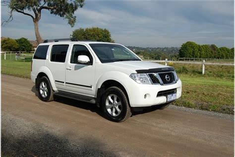 review  nissan pathfinder ti review  road test