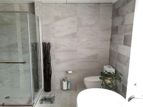 salle de bain avec c 233 ramique mur 224 mur r 233 novation daniel