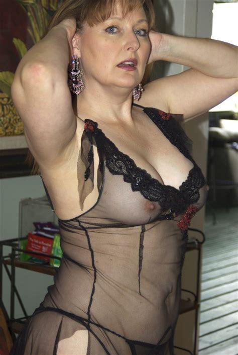sexy older beauty via r maturemilf milf luscious