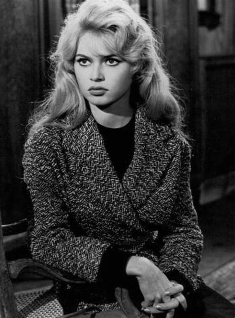 An unofficial fansite about the most beautiful woman. 40 Fascinating Black and White Photographs of a Very Young and Beautiful Brigitte Bardot in the ...