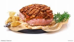Schweinebraten Mit Biersoße : schweinebraten mit kruste aus dem backofen ~ Lizthompson.info Haus und Dekorationen