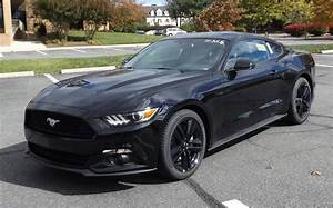 Ford Mustang 4 Cylinder Turbo - reviews, prices, ratings with various photos