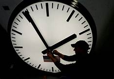 """Trump: """"Making Daylight Saving Time Permanent Is O.K. With Me!""""…"""