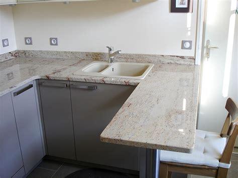 hauteur id饌le plan de travail cuisine granits déco plan de travail en granit shivakasi finition polie