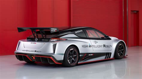 Nissan Leaf Nismo RC: 317bhp EV racer revealed in Tokyo ...
