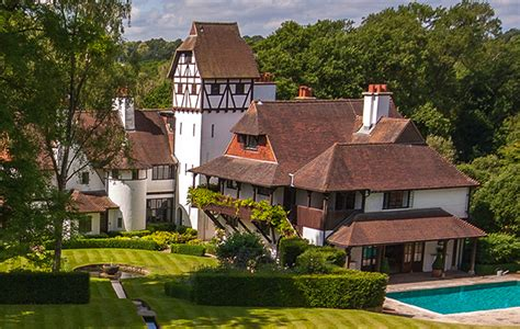 Country Houses For Sale In Surrey